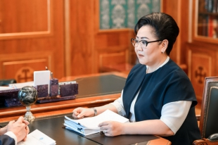 Yakut ombudswoman discussed topical human rights issues with head of the region